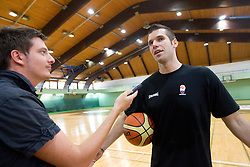 Journalist of Sportal Dario Dotto and Sani Becirovic at practice session of Slovenia basketball team on media day on July 16, 2010 at Rogla sports center, Slovenia. (Photo by Vid Ponikvar / Sportida)