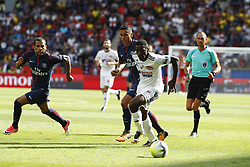 August 5, 2017 - France - Daniel Alves (PSG) vs Manzala Tusungama  (Credit Image: © Panoramic via ZUMA Press)