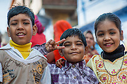 Three friends in Bundi (India)