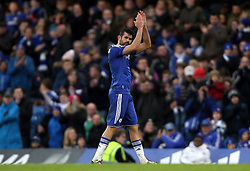 Diego Costa of Chelsea applauds the fans as he is substituted with a potential injury - Mandatory byline: Robbie Stephenson/JMP - 10/01/2016 - FOOTBALL - Stamford Bridge - London, England - Chelsea v Scunthrope United - FA Cup Third Round