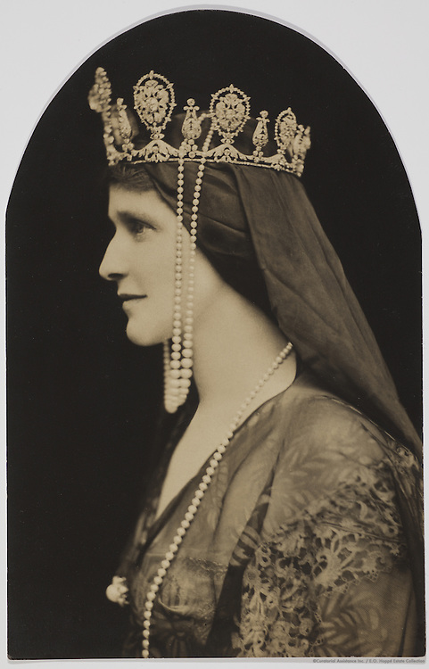 Lady Nancy Viscountess Astor, First woman Minister of Parliament in the House of Commons, England, 1917