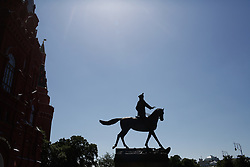 June 15, 2018 - Moscou, Vazio, Russia - The monument to Marshal Georgy Zhukov in Moscow in Red Square. (Credit Image: © Thiago Bernardes/Pacific Press via ZUMA Wire)