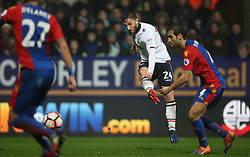 James Henry of Bolton Wanderers (C) has a shot at goal - Mandatory by-line: Jack Phillips/JMP - 07/01/2017 - FOOTBALL - Macron Stadium - Bolton, England - Bolton Wanderers v Crystal Palace - FA Cup Third Round
