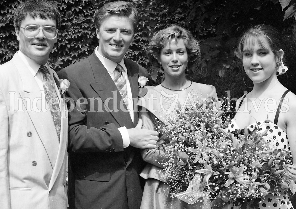 Pat Kenny and his wife Cathy (Walsh) in Paris for their wedding with Pat's brother Paul who was Best Man and Tracey Walsh, Cathy's sister and Bridesmaid. June 1992.<br /> (Part of the NPA and Independent Newspapers)