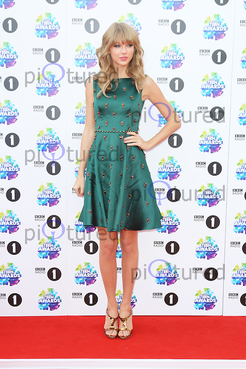 Taylor Swift, BBC Radio 1 Teen Awards, Wembley Arena, London UK, 03 November 2013, Photo by Richard Goldschmidt