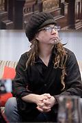 """Portrait en direct lors de  """" Siou """" Sylvain Deslongchamps durant l'émission radiophonique Francophonie Express  à  Le Mount Stephen / Montreal / Canada / 2012-07-03, Photo © Marc Gibert / adecom.ca"""