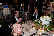 KEVIN SPACEY; MISCHA BARTON; DAMIAN ASPINALL, The Ormeley dinner in aid of the Ecology Trust and the Aspinall Foundation. Ormeley Lodge. Richmond. London. 29 April 2009