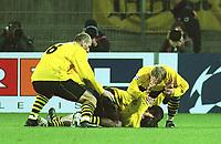 Fotball: UEFA Champions League 2001/2002. v.l. Jan KOLLER, EVANILSON, Tomas ROSICKY , Jan Derek SØRENSEN   Jubel nach 1:0 durch Rosicky<br />       Champions League  Borussia Dortmund - Dynamo Kiew  1:0