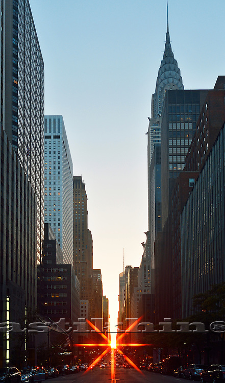 Manhattan Henge on 42nd Street, New York City, USA.