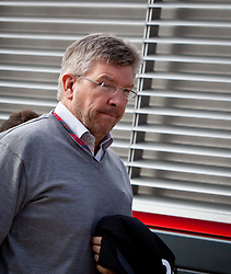 09.07.2011, Silverstone Circuit, Silverstone, GBR, F1, Großer Preis von Großbritannien, Silverstone, im Bild Ross Brawn, Teamchef, Mercedes GP Petronas F1 Team // during the Formula One Championships 2011 British Grand Prix held at the Silverstone Circuit, Northamptonshire, United Kingdom, 2011-07-09, EXPA Pictures © 2011, PhotoCredit: EXPA/ J. Feichter