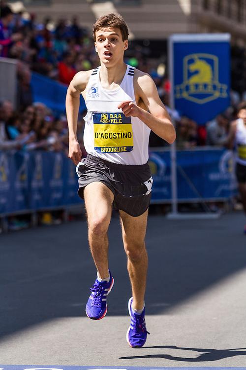 Boston Marathon: BAA Scholastic Mile, boys, D'Agostino