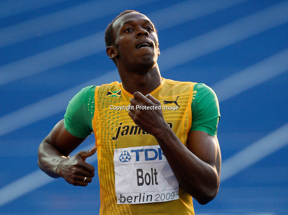 Usain Bolt of Jamaica reacts after he finished first in the men's 200 metres semi-final heats during the 12th IAAF Athletic World Championships at the Olympic Stadium in Berlin, Germany, 19 August 2009. Photo: Piotr Hawalej / WROFOTO / PHOTOSPORT