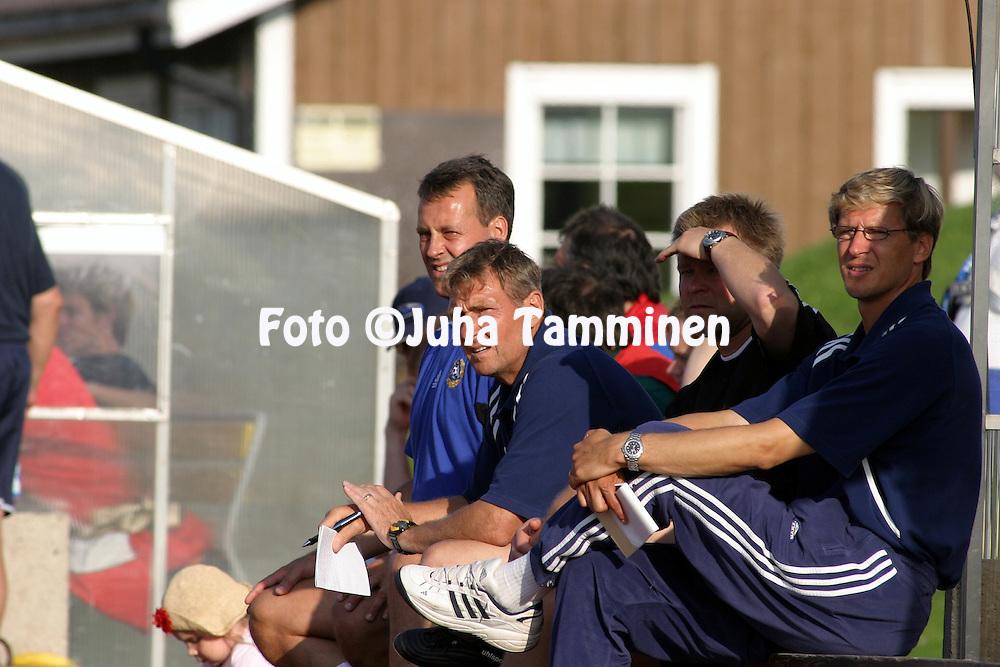 06.08.2004, Mosedal, N?rpi?, Finland..Under-17 Nordic Tournament, Finland v Norway.Coach Timo Liekoski - Finland U-17.©Juha Tamminen