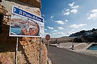 Castro Marina - Salento - Puglia - Il porto di Enea: il porto di Castro Marina è il porto dove la tradizione vuole sia sbarcato Enea.