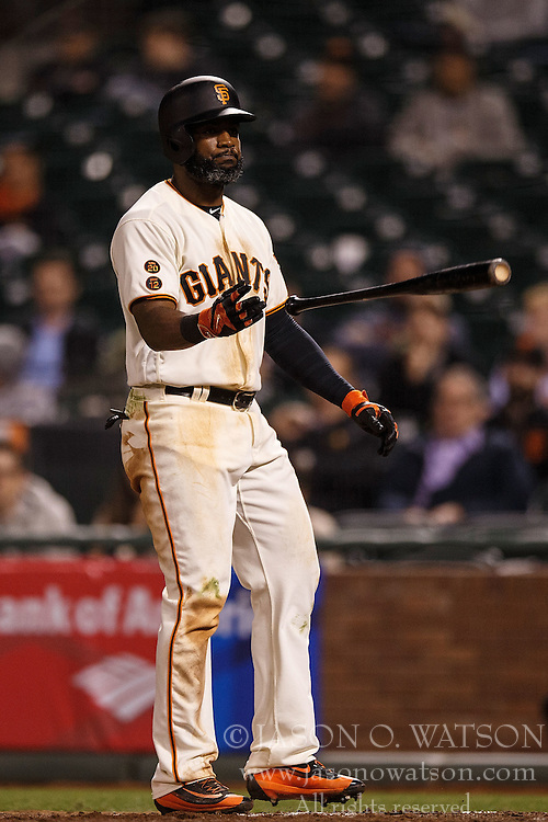 SAN FRANCISCO, CA - APRIL 18: Denard Span #2 of the San Francisco Giants tosses his bat after drawing a walk against the Arizona Diamondbacks during the tenth inning at AT&T Park on April 18, 2016 in San Francisco, California. The Arizona Diamondbacks defeated the San Francisco Giants 9-7 in 11 innings.  (Photo by Jason O. Watson/Getty Images) *** Local Caption *** Denard Span
