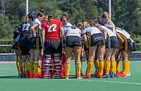 BLOEMENDAAL   -  teambespreking Victoria.  hulde. oefenwedstrijd dames Bloemendaal-Victoria, te voorbereiding seizoen 2020-2021.   COPYRIGHT KOEN SUYK