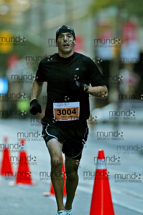 "(Toronto, Ontario -- 18 Oct 2009) TROY COX runs in the Goodlife Fitness Toronto Half-Marathon. [Photo credit should read ""Sean Burges / Mundo Sport Images""]"