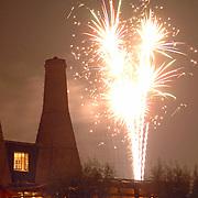 NLD/Huizen/20060916 - Botterfestival 2006 Huizen, vuurwerk bij restaurant de Kalkovens Huizen