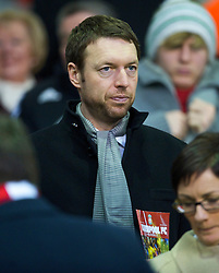 LIVERPOOL, ENGLAND - Sunday, December 13, 2009: xxxx husband of Liverpool FC's Solicitor Natalie Wignall, during the Premiership match at Anfield. (Photo by: David Rawcliffe/Propaganda)
