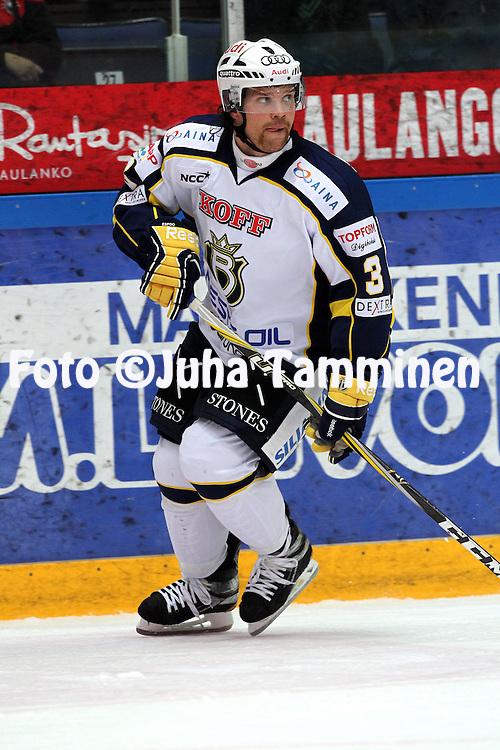 1.11.2011, Hmeenlinna...Jkiekon SM-liiga 2011-12. HPK - Blues..Ari Vallin - Blues