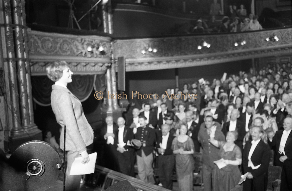 Julie Andrews filming 'Darling Lilli' at Gaiety<br /> 26.06.1968