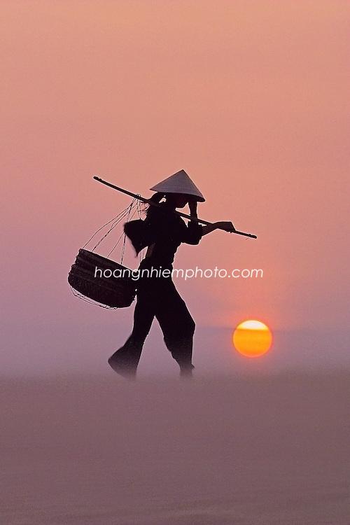 Vietnam Images-Fine art-People hoàng thế nhiệm