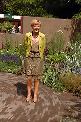 ANNE ROBINSON at the 2008 Chelsea Flower Show 19th May 2008.<br /><br />NON EXCLUSIVE - WORLD RIGHTS