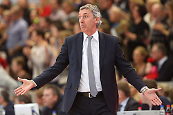 02.03.2014, ENERVIE Arena, Hagen, GER, Beko Basketball BL, Phoenix Hagen vs FC Bayern Muenchen, 24. Runde, im Bild Coach / Trainer Svetislav Pesic (FC Bayern Muenchen) ratlos // during the Beko Basketball Bundes league 24th round match between Phoenix Hagen and FC Bayern Munich at the ENERVIE Arena in Hagen, Germany on 2014/03/02. EXPA Pictures © 2014, PhotoCredit: EXPA/ Eibner-Pressefoto/ Schueler<br /> <br /> *****ATTENTION - OUT of GER*****