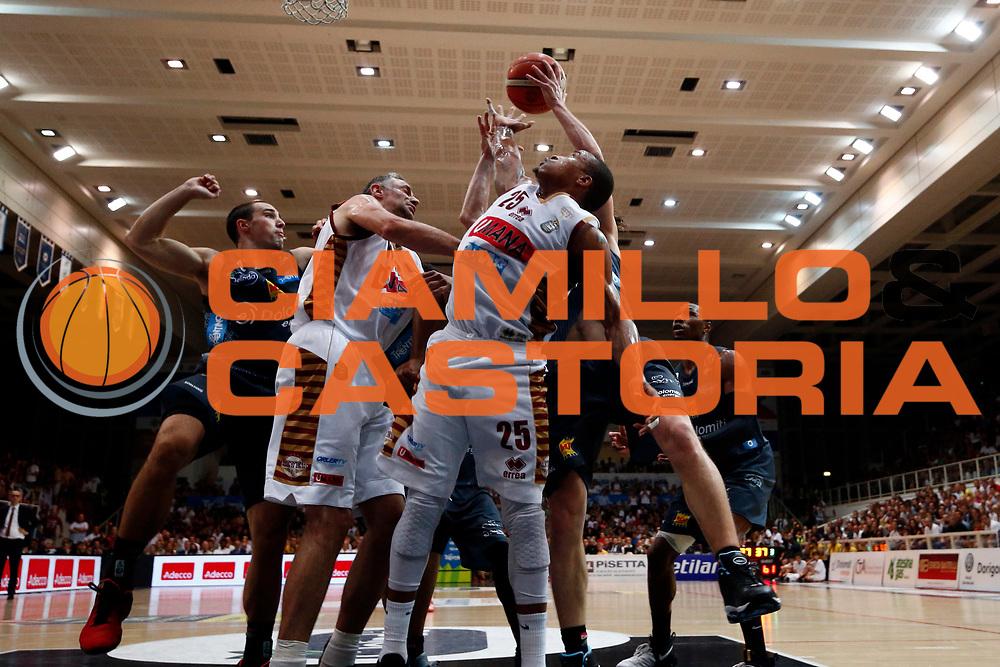 McGee<br /> Umana Reyer Venezia - Dolomiti energia Trento<br /> Lega Basket Serie A 2016/2017<br /> Play Off Finale Gara 6 <br /> Trento 20/06/2017<br /> Foto Ciamillo-Castoria/A. Gilardi