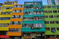 Chine, Hong Kong, Hong Kong Island, quartier de Wan Chai, maisons colorées // China, Hong-Kong, Hong Kong Island, Wan Chai, colorfull houses