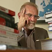 Bronislaw Geremek polish prominent politician statesman, euro deputy