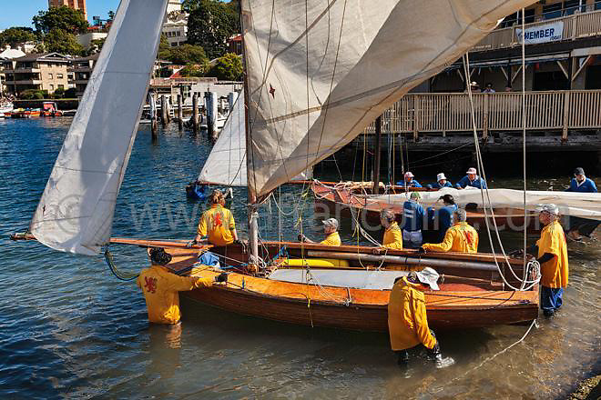 SAILING - Historic 18ft skiffs, Sydney - 07/12/2013<br />