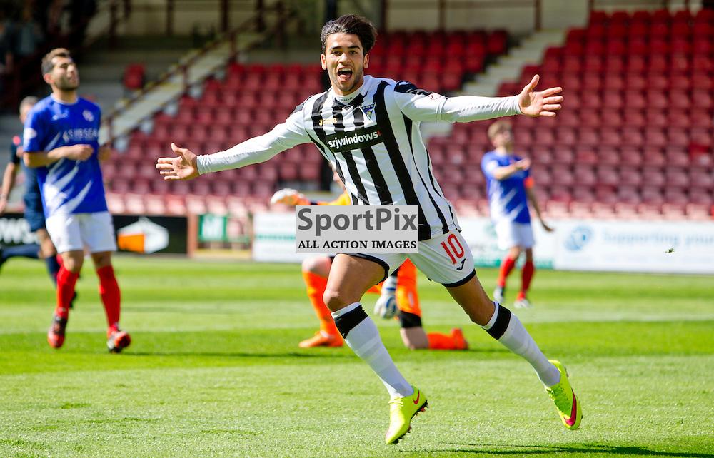 Dunfermline Athletic v Cowdenbeath SPFL League One Season 2015/16 East End Park 15 August 2015<br /> Faissal El Bakhtaoui celebrates making it 2-0<br /> CRAIG BROWN   sportPix.org.uk
