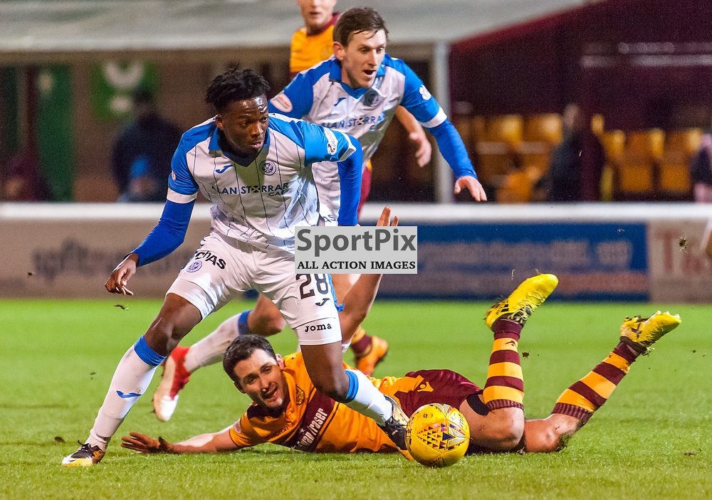 #28 Matty Willock (St Johnstone) evades #08 Carl McHugh (Motherwell) - Motherwell v St Johnstone - Ladbrokes Premiership - 06 February 2018 - © Russel Hutcheson | SportPix.org.uk