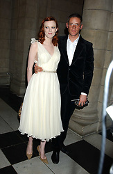 Model KAREN ELSON and designer GILES DEACON at the 2005 British Fashion Awards held at The V&A museum, London on 10th November 2005.<br />