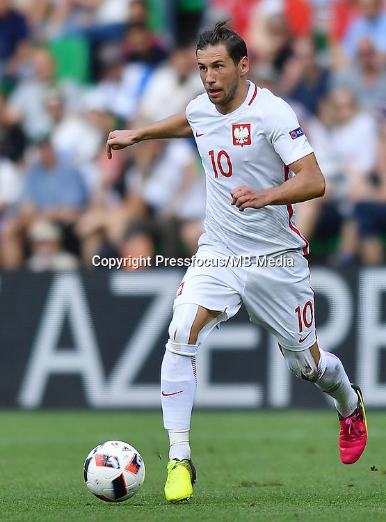 2016.06.25 Saint-Etienne<br /> Pilka nozna Euro 2016<br /> mecz 1/8 finalu Szwajcaria - Polska<br /> N/z Grzegorz Krychowiak<br /> Foto Lukasz Laskowski / PressFocus<br /> <br /> 2016.06.25<br /> Football UEFA Euro 2016 <br /> Round of 16 game between Switzerland and Poland<br /> Grzegorz Krychowiak<br /> Credit: Lukasz Laskowski / PressFocus