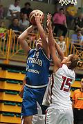 DESCRIZIONE : Cavalese Torneo di Cavalese Italia Turchia<br /> GIOCATORE : Kathrin Ress<br /> SQUADRA : Nazionale Italia Donne <br /> EVENTO : Raduno Collegiale Nazionale Italiana Femminile <br /> GARA : Italia Turchia<br /> DATA : 17/07/2010 <br /> CATEGORIA : tiro<br /> SPORT : Pallacanestro <br /> AUTORE : Agenzia Ciamillo-Castoria/ElioCastoria<br /> Galleria : Fip Nazionali 2010 <br /> Fotonotizia : Cavalese Torneo di Cavalese Italia Turchia<br /> Predefinita :