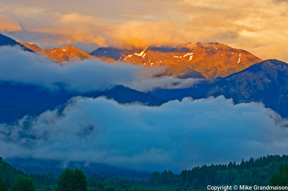 Sunset on the Canadian Rockies<br /> Valemount<br /> British Columbia<br /> Canada
