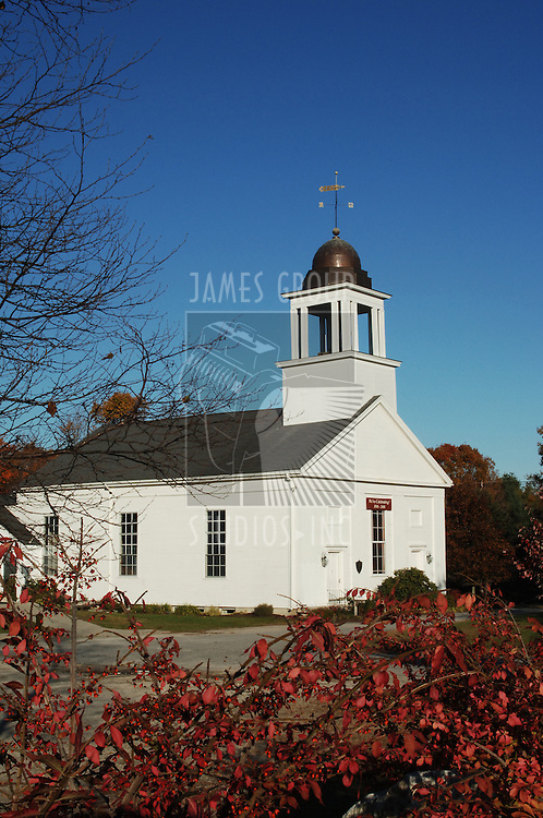 New England country church in Maine during autumn