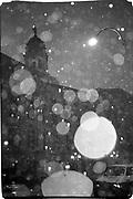 Borough Hall, Brooklyn in the rain. New York. 1993. © Copyright Photograph by Dafydd Jones 66 Stockwell Park Rd. London SW9 0DA Tel 020 7733 0108 www.dafjones.com