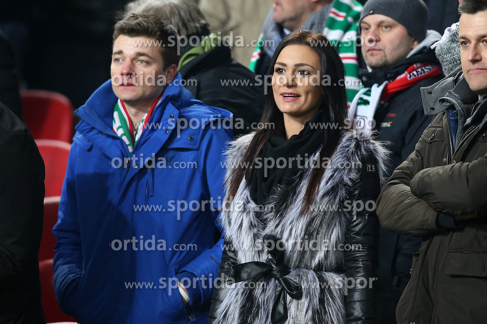 19.02.2015, Pepsi Arena, Warschau, POL, UEFA EL, Legia Warschau vs Ajax Amsterdam, 1. Runde, Hinspiel, im Bild DZESIKA JASZEK - DZIEWCZYNA MILIK // during the UEFA Europa League 1st Round, 1st Leg match between Legia Warschau and Ajax Amsterdam at the Pepsi Arena in Warschau, Poland on 2015/02/19. EXPA Pictures &copy; 2015, PhotoCredit: EXPA/ Newspix/ Piotr Kucza<br /> <br /> *****ATTENTION - for AUT, SLO, CRO, SRB, BIH, MAZ, TUR, SUI, SWE only*****