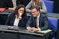 08 NOV 2018, BERLIN/GERMANY:<br /> Andrea Nahles (L), MdB, SPD Fraktionsvorsitzende, und Carsten Schneider (R), MdB, SPD, 1. Parl. Geschaeftsfuehrer, im Gespraech, Bundestagsdebatte zum Gesetzentwurf der Bundesregierung ueber Leistungsverbesserungen und Stabilisierung in der gesetzlichen Rentenversicherung, Plenum, Deutscher Bundestag<br /> IMAGE: 20181108-01-003<br /> KEYWORDS: Sitzung, Gespr&auml;ch