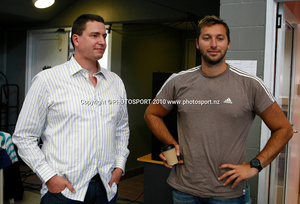 Former Olympic Champions Danyon Loader and Ian Thorpe. Swimming, National Open Championships, West Wave Aquatic Centre, Auckland. Saturday 10 April 2010. Photo: Simon Watts/PHOTOSPORT