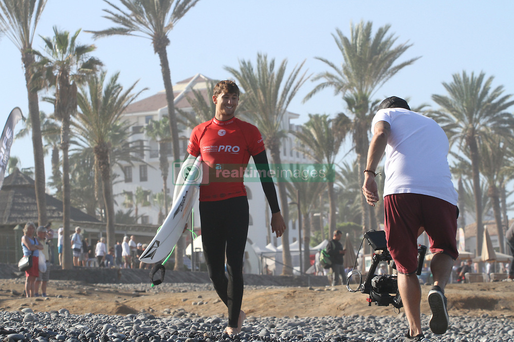 February 7, 2019 - tenerife, Spain - Fourth day of the World Surf League Las Americas Pro Tenerife competition. (Credit Image: © Mercedes Menendez/Pacific Press via ZUMA Wire)