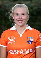 BLOEMENDAAL - Roos Broek , Dames I van HC Bloemendaal seizoen 2012-2013. COPYRIGHT KOEN SUYK