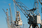 Verladekraene im Hafenmuseum Hamburg, Hamburg, Deutschland.|.cranes in harbour museum Hamburg, Germany.