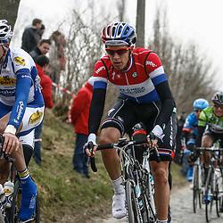 Sportfoto archief 2013<br /> Ronde van Vlaanderen, Oude Kwaremont met o.a. Niki Terpstra