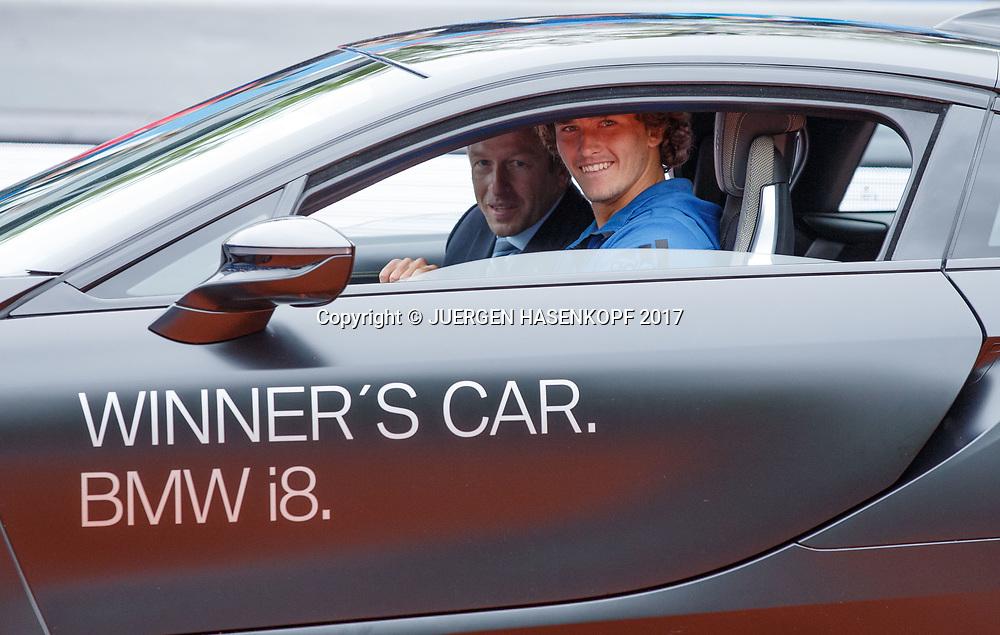 Sieger ALEXANDER ZVEREV (GER) faehrt in seinem Siegerauto, Endspiel, Final, Siegerehrung<br /> <br /> Tennis - BMW Open 2017 -  ATP  -  MTTC Iphitos - Munich -  - Germany  - 7 May 2017.