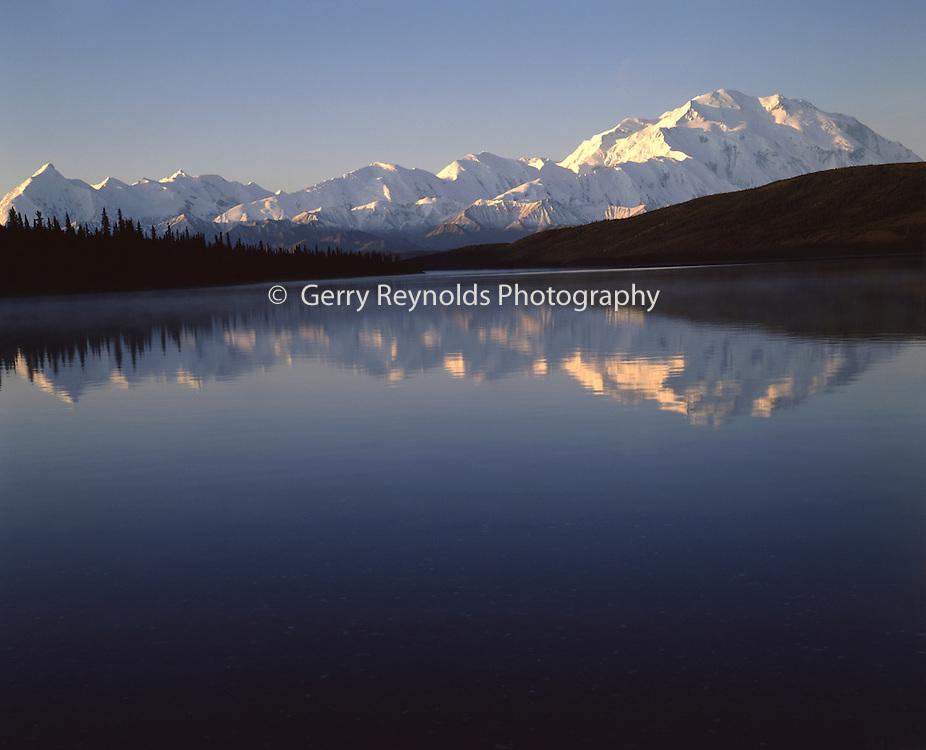 Sunrise, Wonder Lake, reflection, Mt. McKinley, Mount McKinley, Denali, Denali National Park, National Park, Alaska, Alaska Range