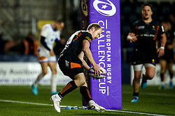 Michael Heaney of Worcester Warriors scores a try - Mandatory by-line: Robbie Stephenson/JMP - 17/01/2020 - RUGBY - Sixways Stadium - Worcester, England - Worcester Warriors v Castres Olympique - European Rugby Challenge Cup
